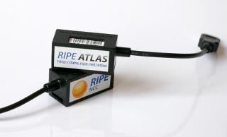 https://www-static.ripe.net/static/rnd-ui/atlas/static/docs/probe-images/v2.jpg